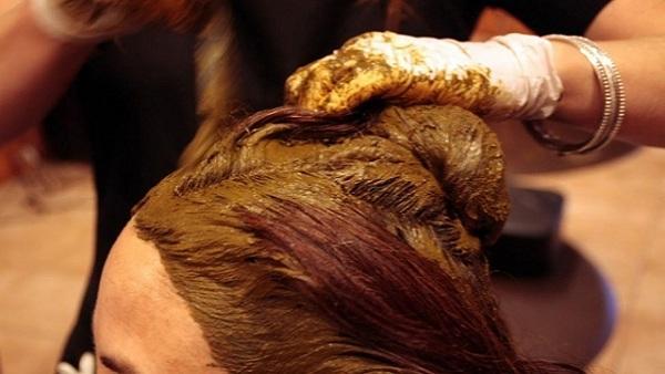 صبغ الشعر بالحنة