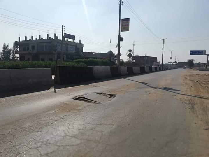 طريق الباجور سنتريس مقبرة للسيارات والسائقين (2)