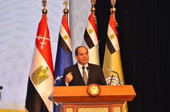 ندوة تثقيفية بحضور الرئيس السيسى (5)
