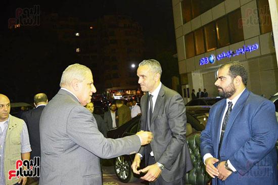 صور عزاء رجل الأعمال عمرو علوبة (3)