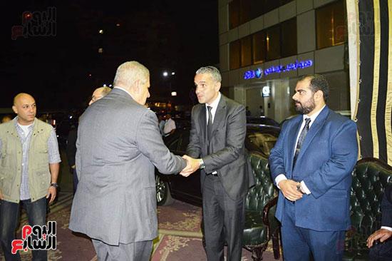 صور عزاء رجل الأعمال عمرو علوبة (5)