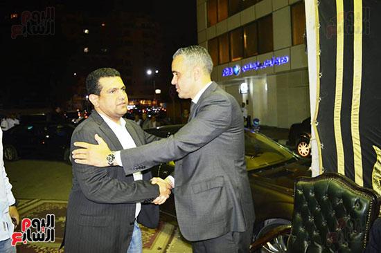 صور عزاء رجل الأعمال عمرو علوبة (27)