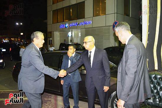 صور عزاء رجل الأعمال عمرو علوبة (22)