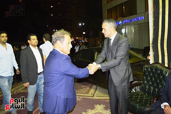 صور عزاء رجل الأعمال عمرو علوبة (28)
