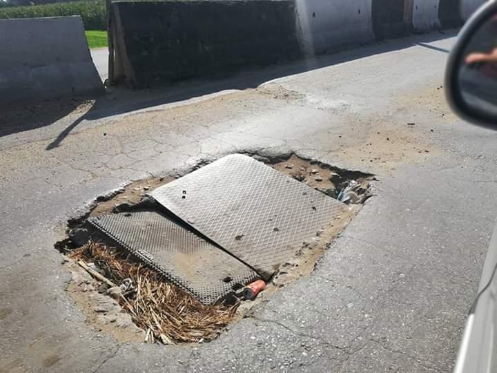 طريق الباجور سنتريس مقبرة للسيارات والسائقين (3)