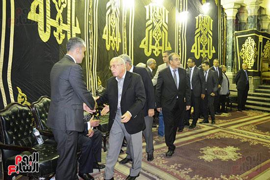 صور عزاء رجل الأعمال عمرو علوبة (20)