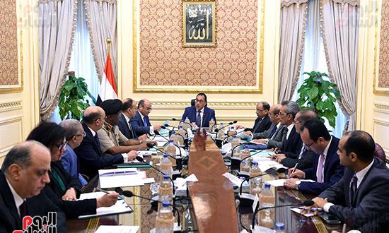 صور اجتماع اللجنة الرئيسية لتقنين أوضاع الكنائس (1)