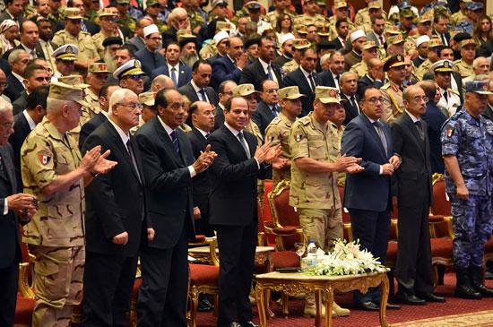 ندوة تثقيفية بحضور الرئيس السيسى (3)