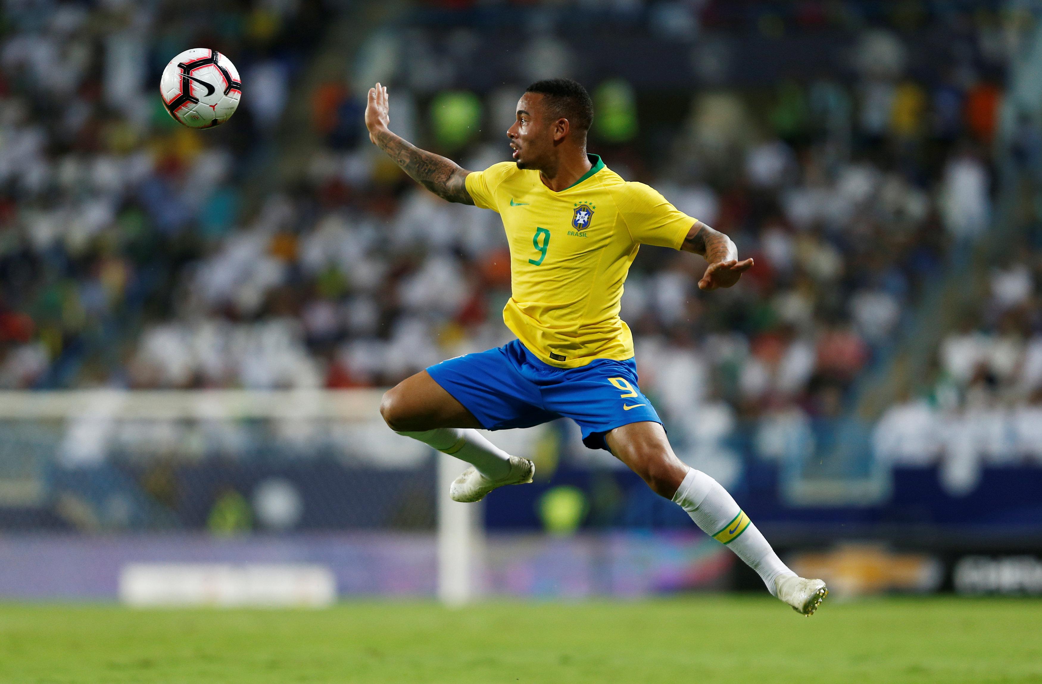 مباراة السعودية ضد البرازيل  (111)