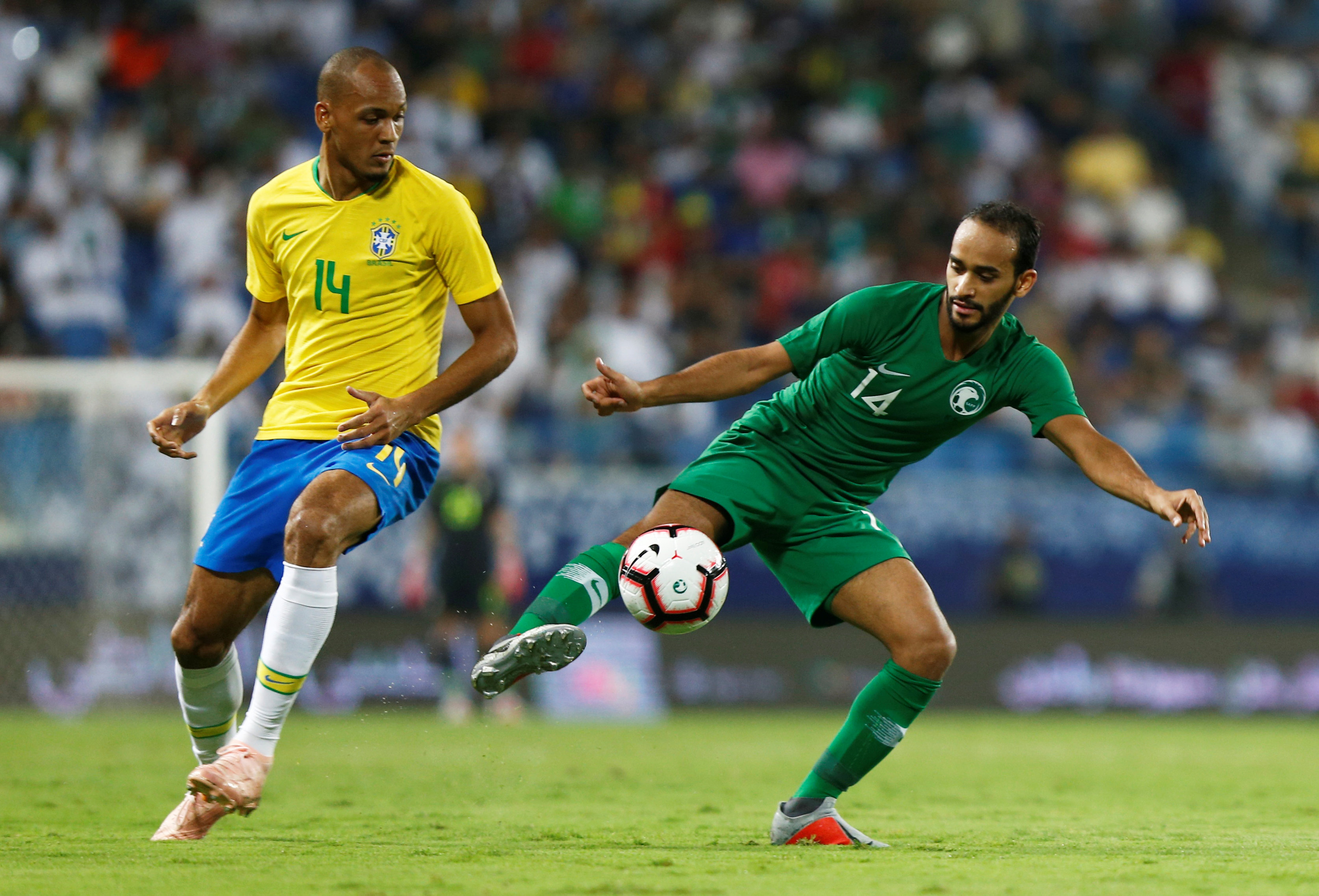 مباراة السعودية ضد البرازيل  (13)