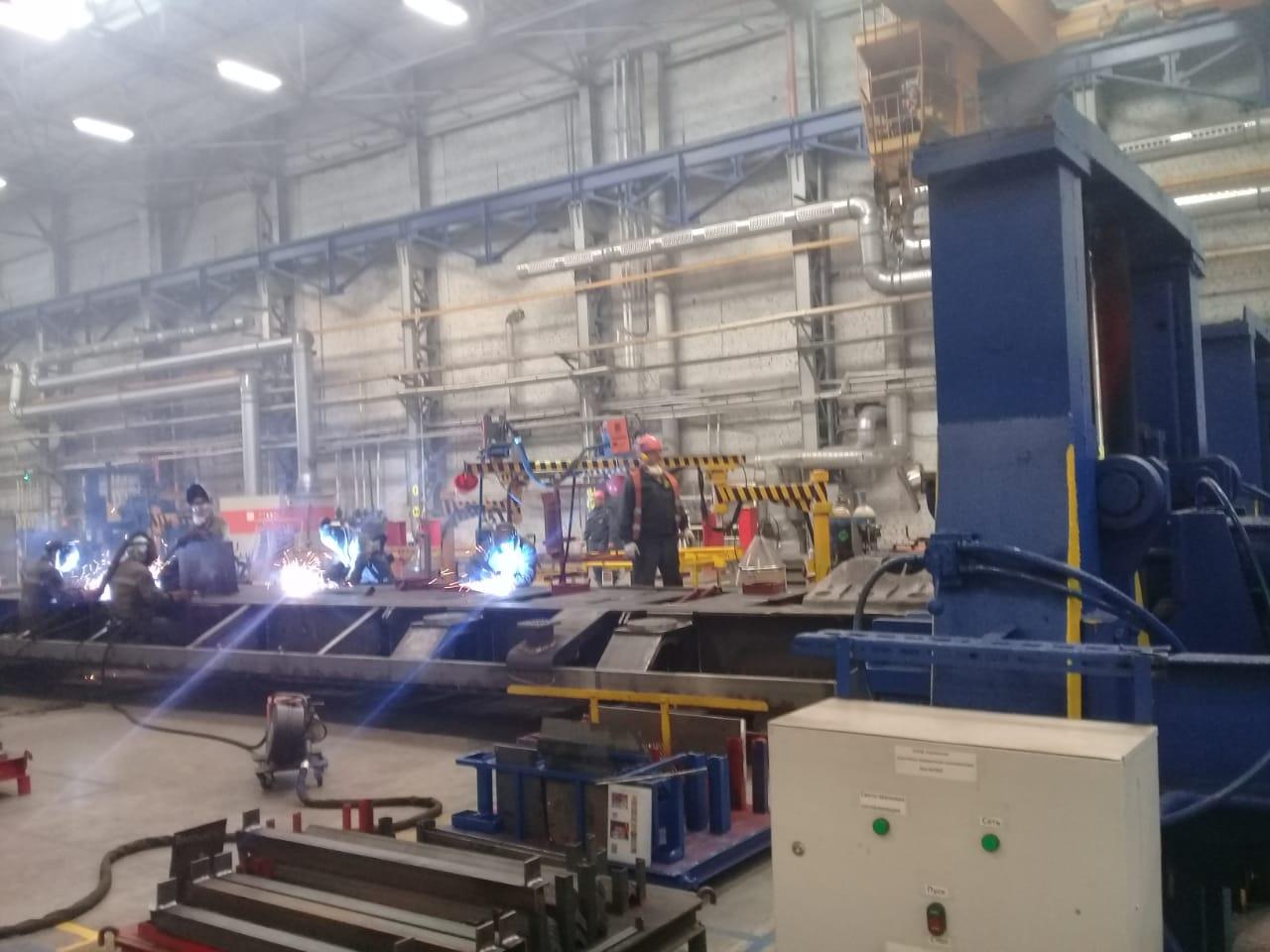 جولة لليوم السابع بمصنع جرارات السكة الحديد الروسى (33)
