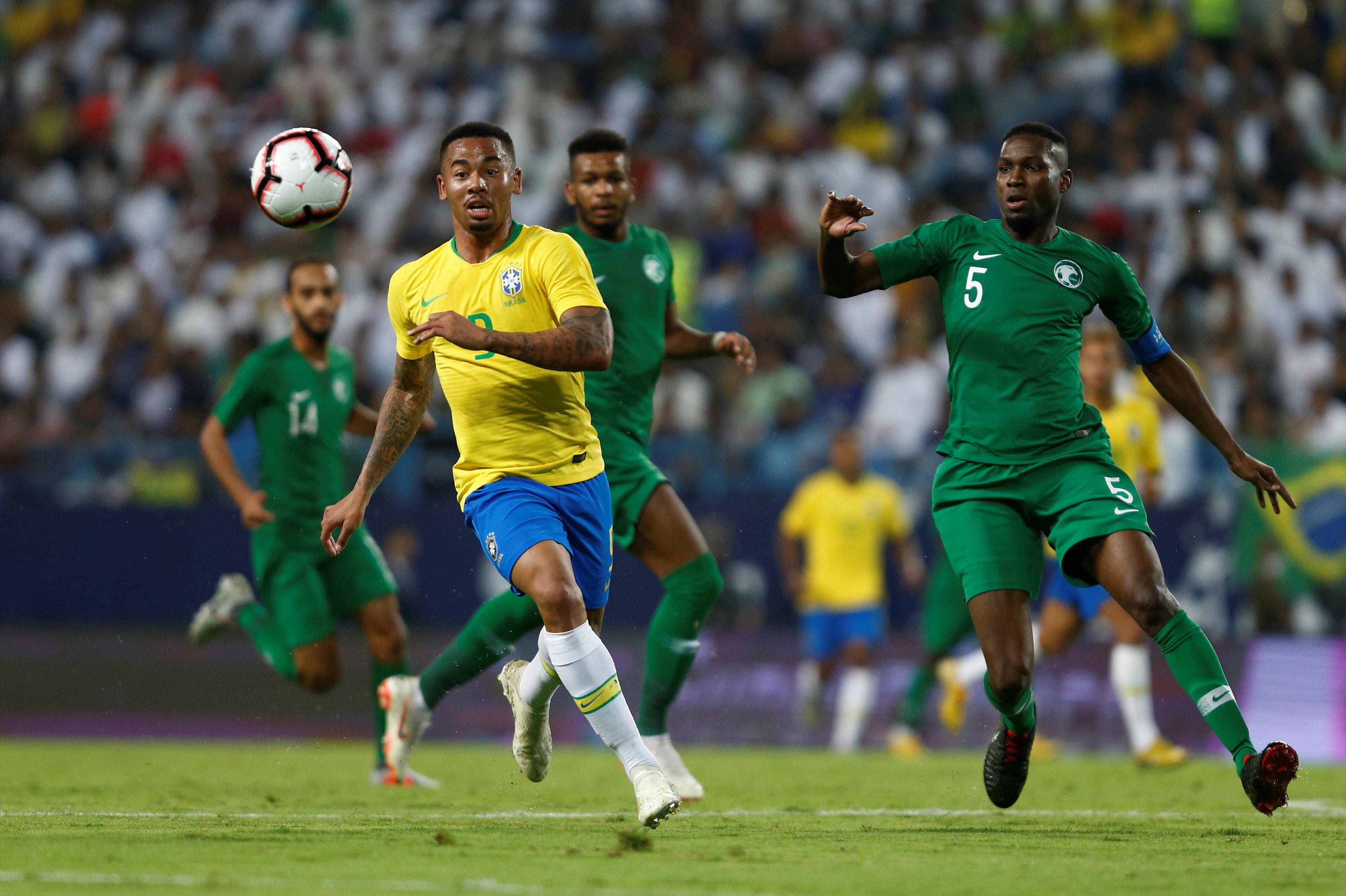 مباراة السعودية ضد البرازيل  (8)