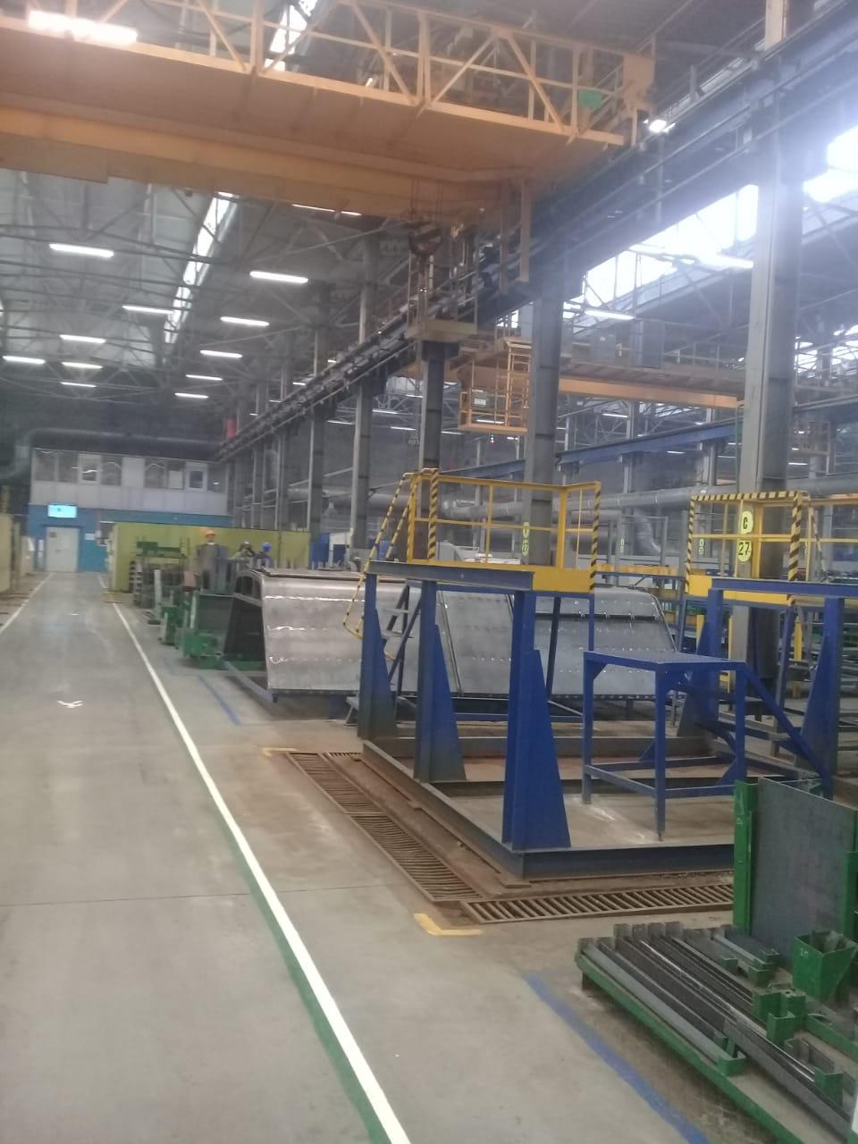 جولة لليوم السابع بمصنع جرارات السكة الحديد الروسى (19)