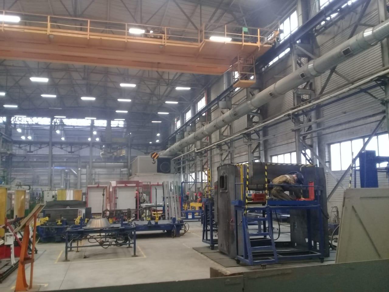 جولة لليوم السابع بمصنع جرارات السكة الحديد الروسى (40)