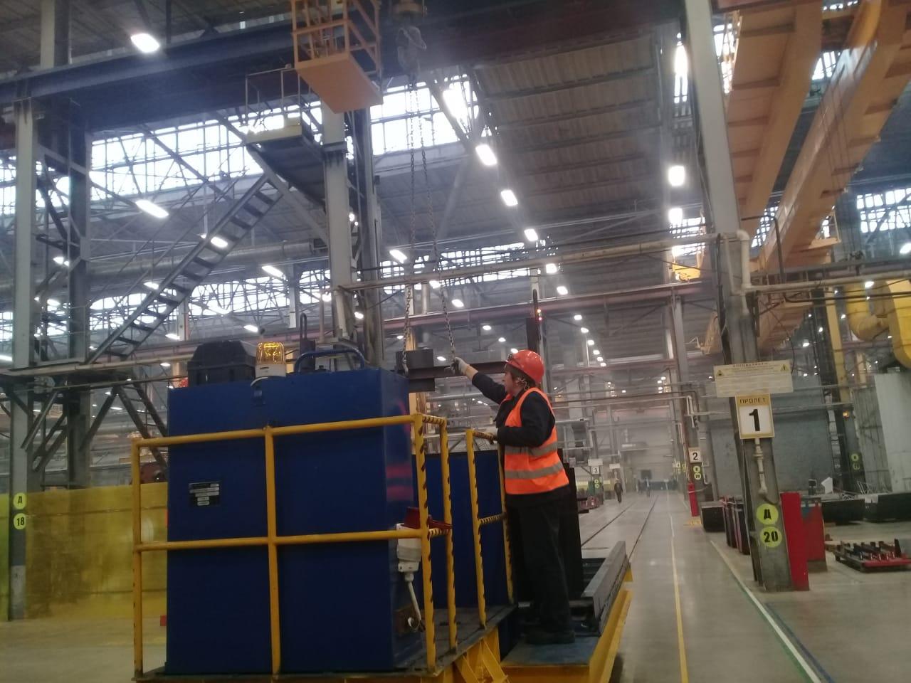 جولة لليوم السابع بمصنع جرارات السكة الحديد الروسى (36)