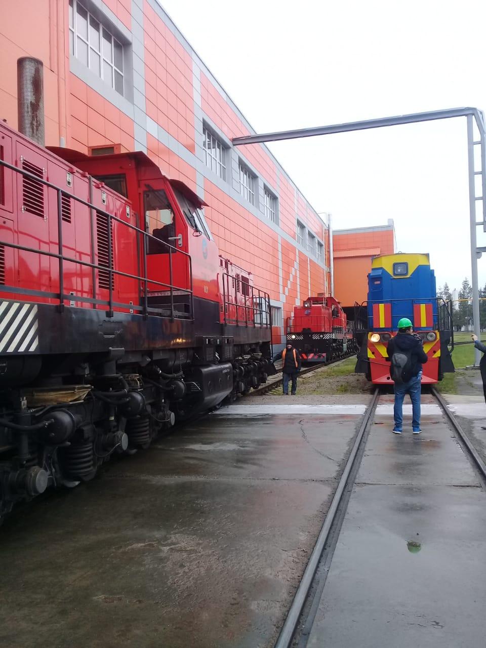 جولة لليوم السابع بمصنع جرارات السكة الحديد الروسى (23)