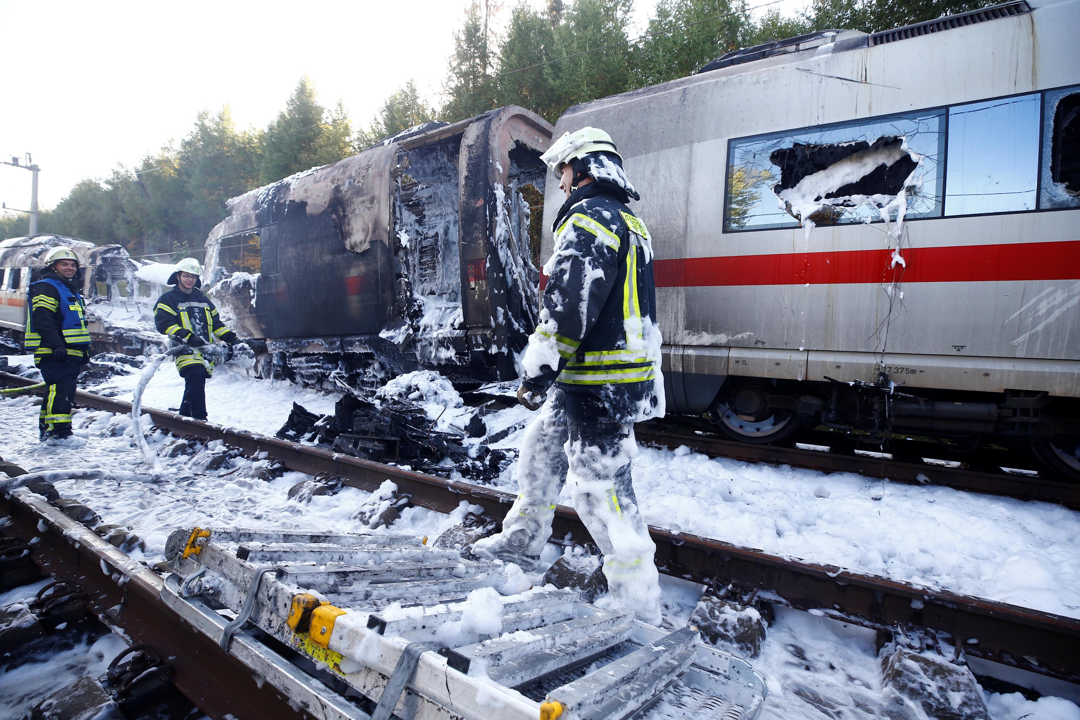 حريق قطار ألمانيا (5)
