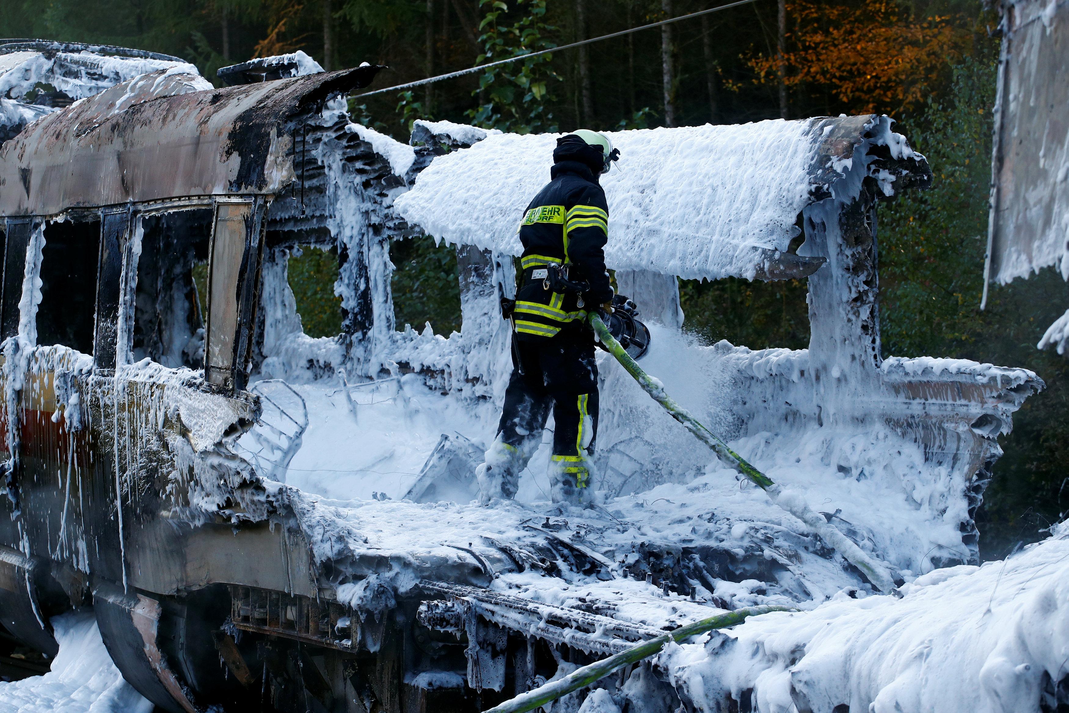حريق قطار ألمانيا (4)