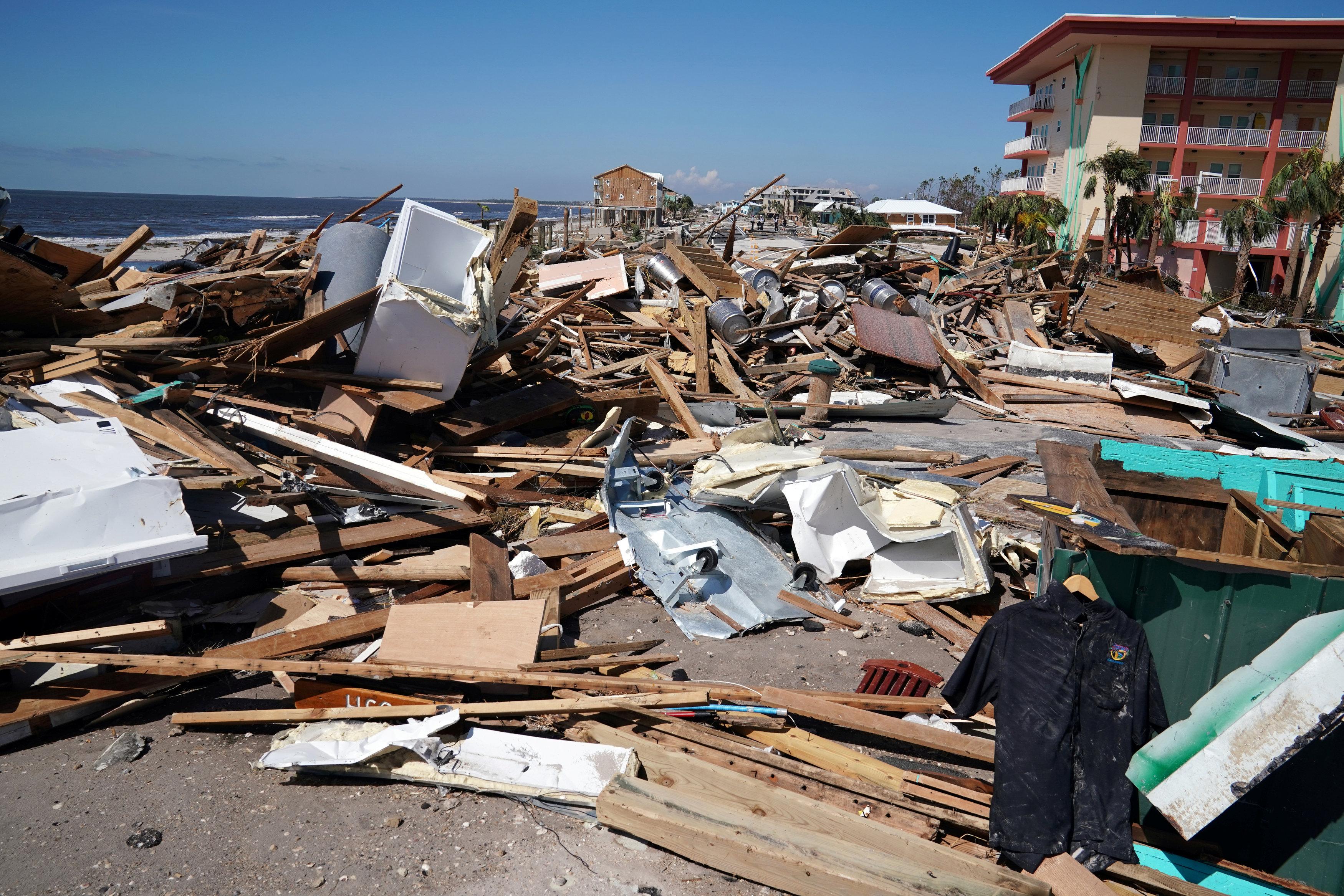 جانب من تضرر ولاية فلوريدا الأمريكية
