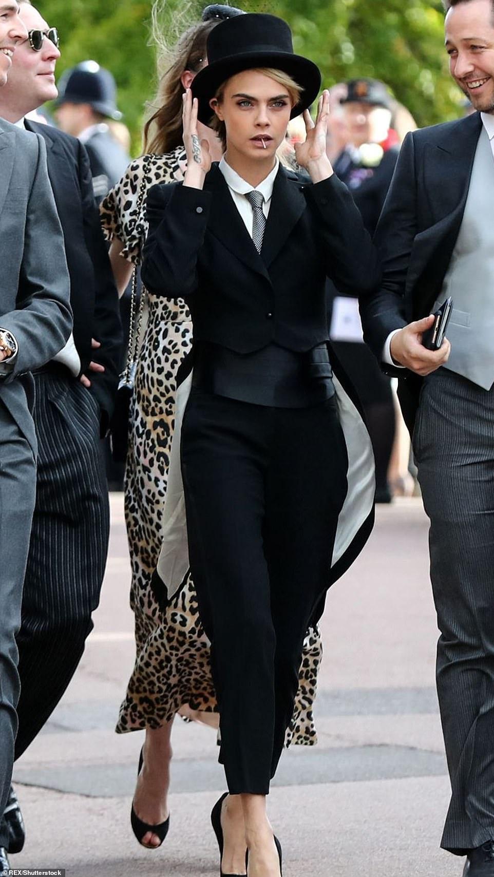 عارضة الأزياء كارا ديليفين