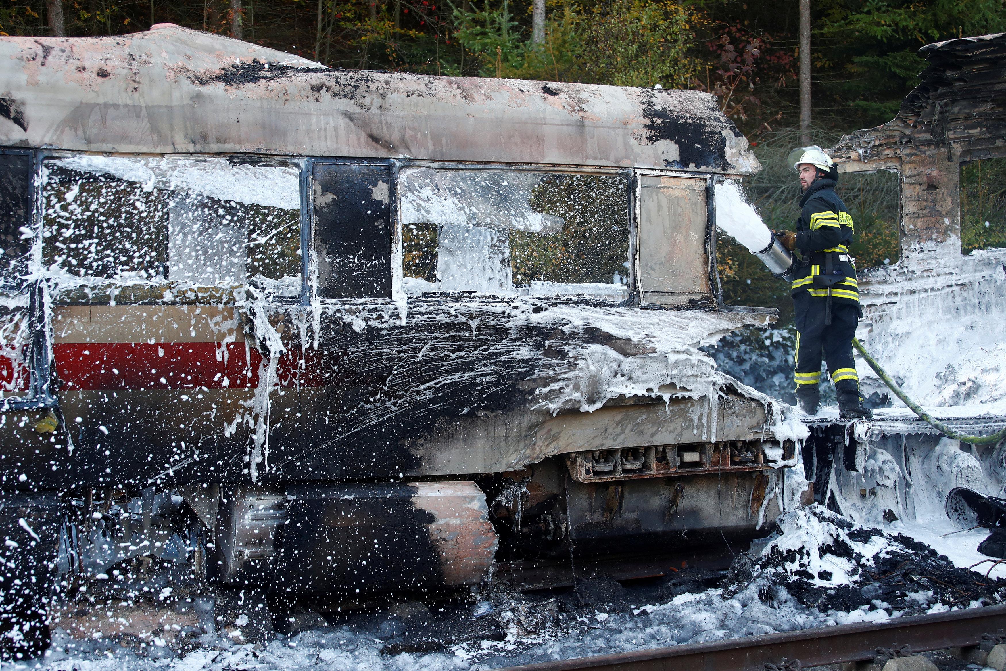 حريق قطار ألمانيا (1)