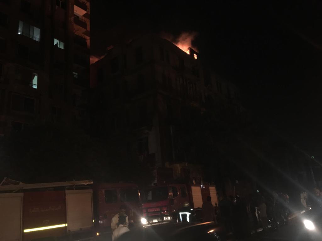 حريق هائل بعقار أمام مستشفى قصر العينى (2)