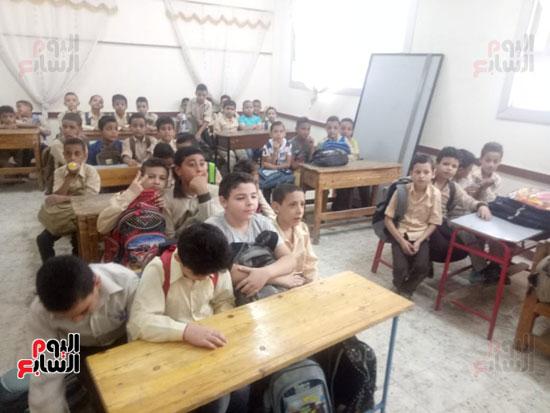 طلاب مدارس (1)