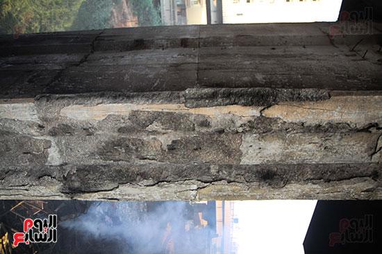 صور حريق مخزن الهرم (9)