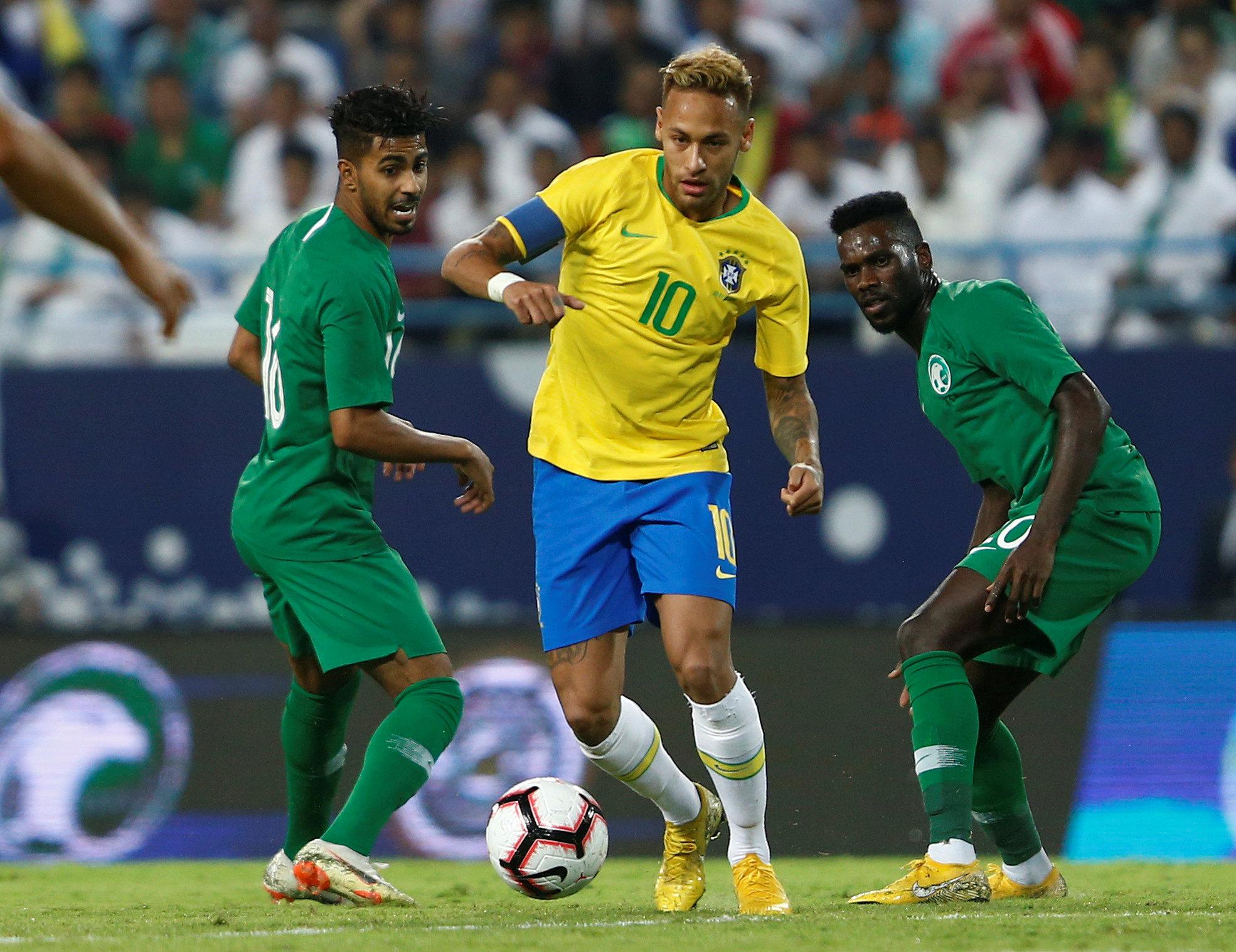 مباراة السعودية ضد البرازيل  (9)