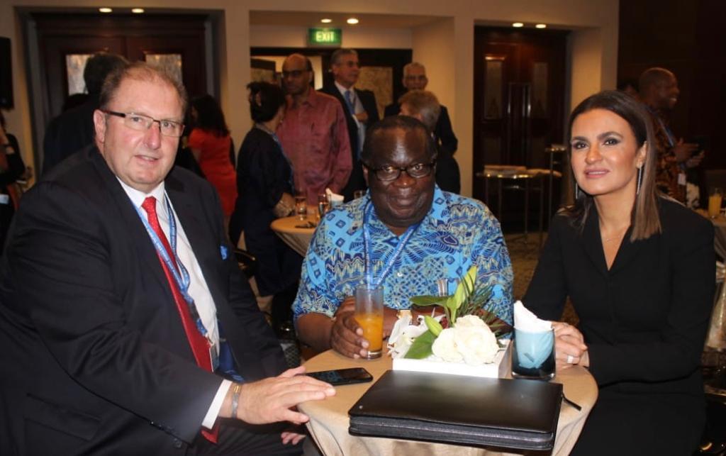 وزيرة الاستثمار والتعاون الدولي مع وزير مالية مالاوي ونائب رئيس البنك الدولي