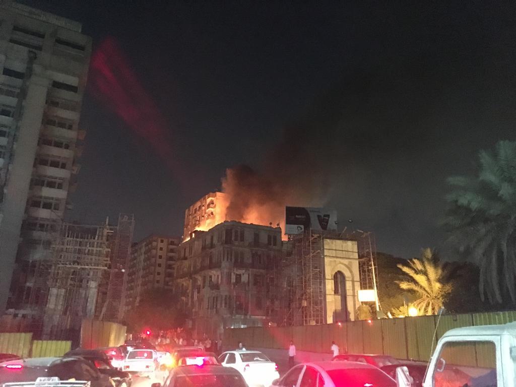 حريق هائل بعقار أمام مستشفى قصر العينى (3)