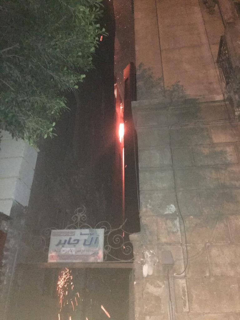 حريق هائل بعقار أمام مستشفى قصر العينى (1)