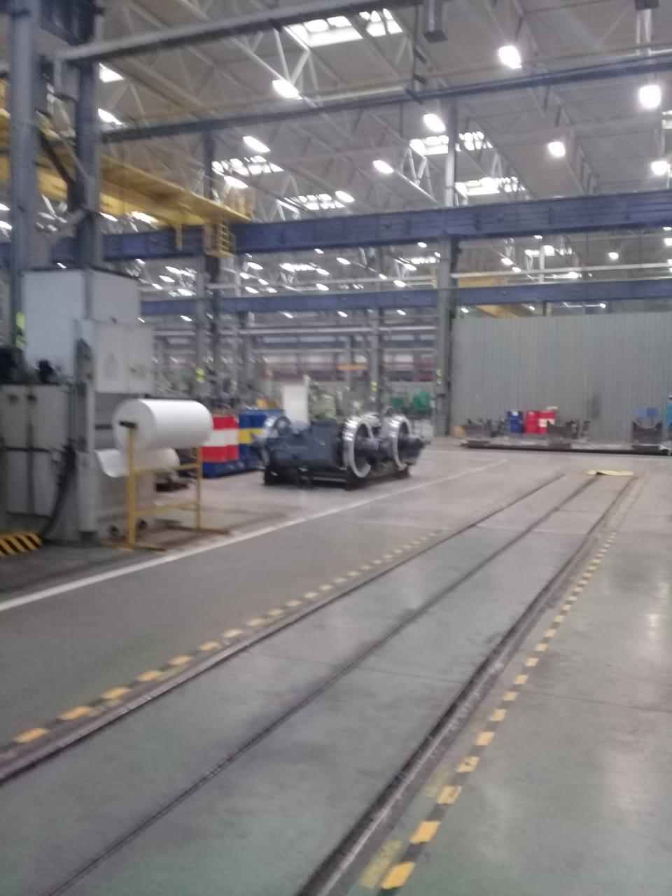 جولة لليوم السابع بمصنع جرارات السكة الحديد الروسى (11)