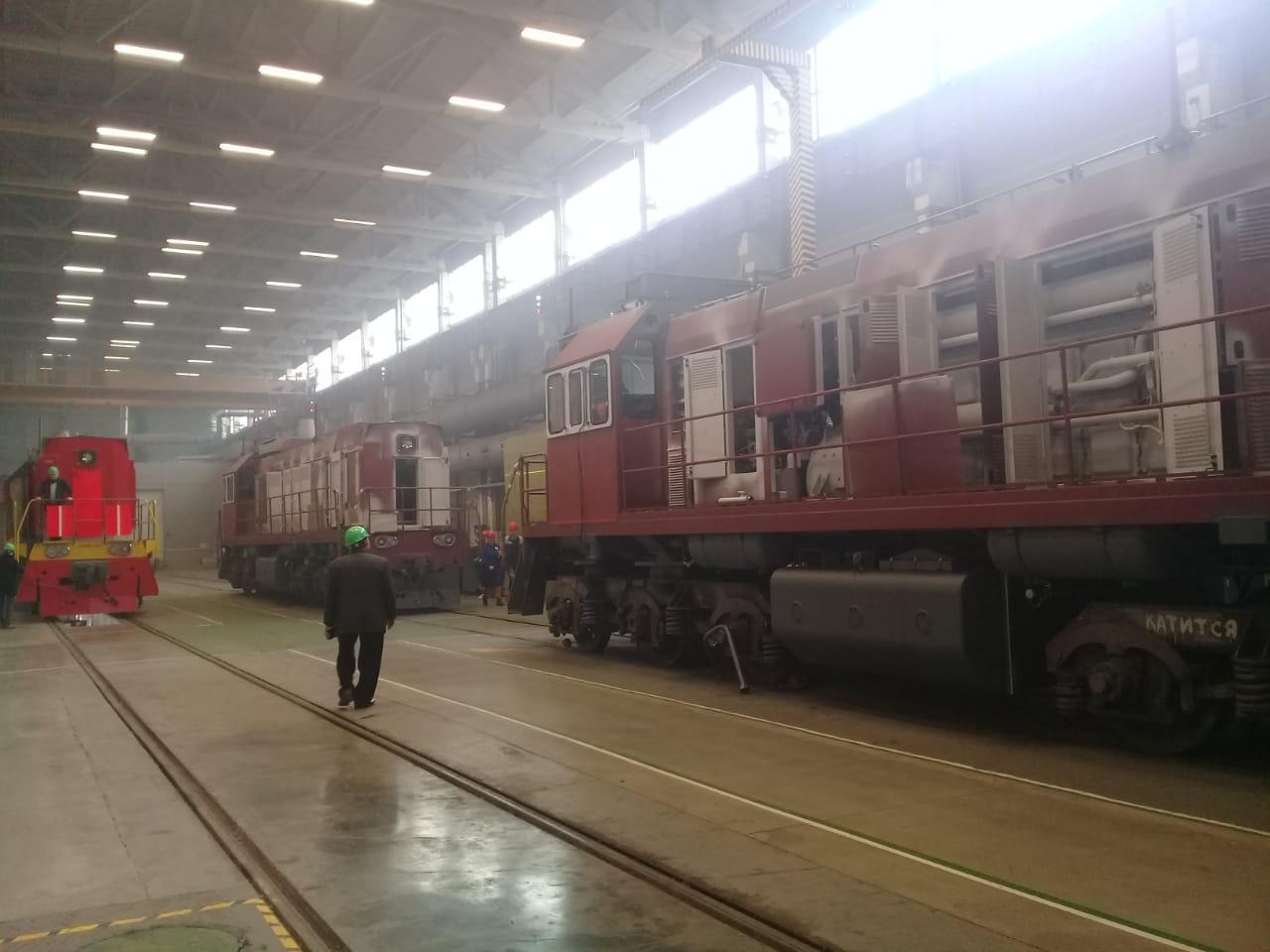 جولة لليوم السابع بمصنع جرارات السكة الحديد الروسى (25)