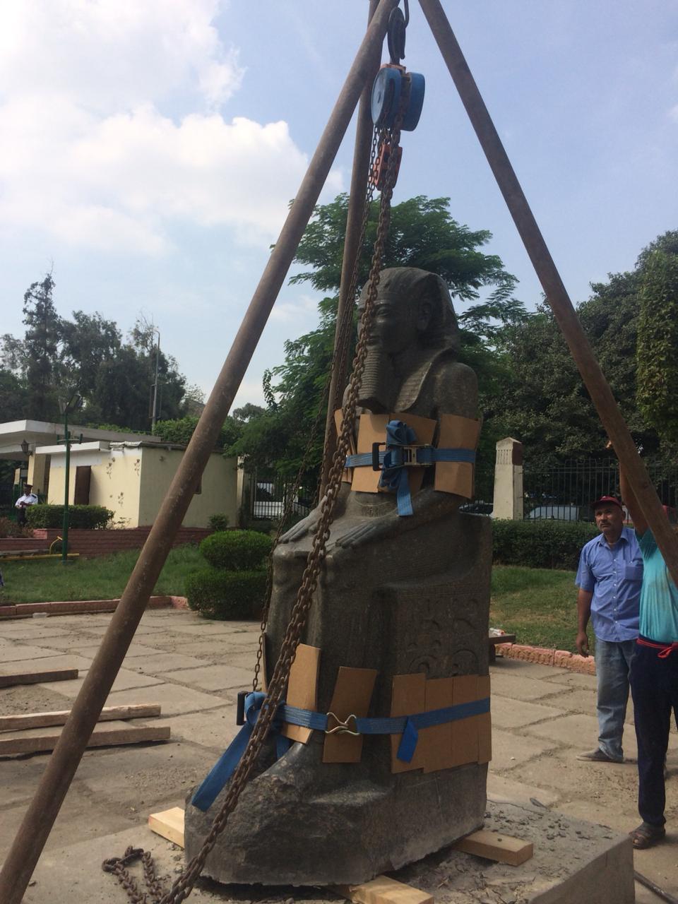 التماثيل (6)