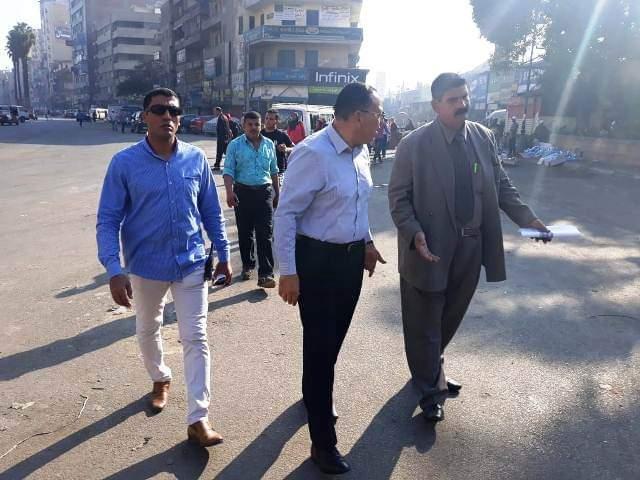 محافظ الشرقية يتفقد أعمال النظافة بشوارع المدينة (1)