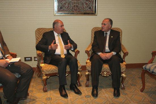 الدكتور محمد عبد العاطى وزير الرى مع الرئيس الشرفى للمجلس العالمى للمياه (1)