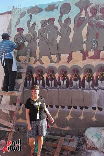 42 فنانا تشكيليا يبدعون لتوعية بخطورة الهجرة غير الشرعية بكفر الشيخ (3)