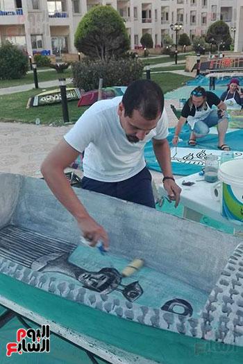 42 فنانا تشكيليا يبدعون لتوعية بخطورة الهجرة غير الشرعية بكفر الشيخ (2)