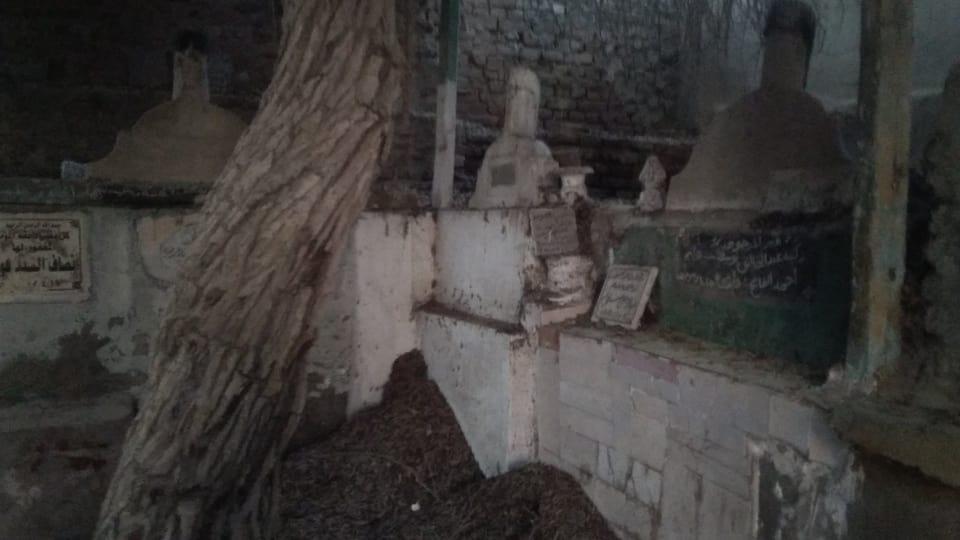 14-مقابر البشوات