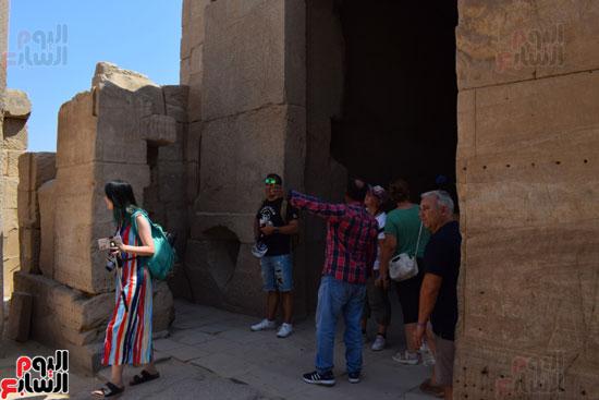في-الموسم-السياحي-الشتوي-الجديد-معابد-الأقصر-الفرعونية-هتتكلم-صيني-(4)