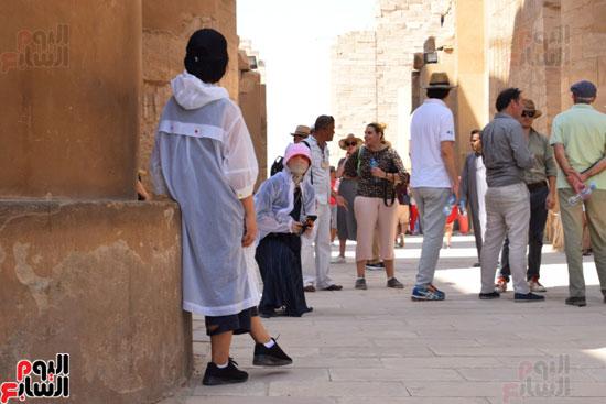 في-الموسم-السياحي-الشتوي-الجديد-معابد-الأقصر-الفرعونية-هتتكلم-صيني-(5)