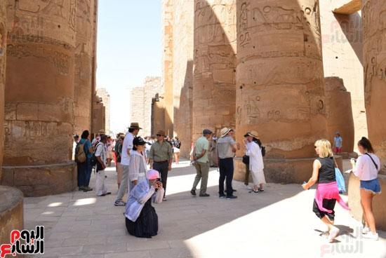 في-الموسم-السياحي-الشتوي-الجديد-معابد-الأقصر-الفرعونية-هتتكلم-صيني-(8)