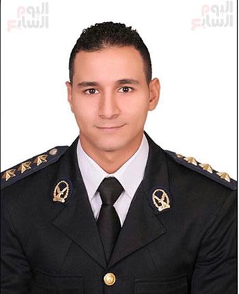 البطل النقيب محمد الحسينى (3)