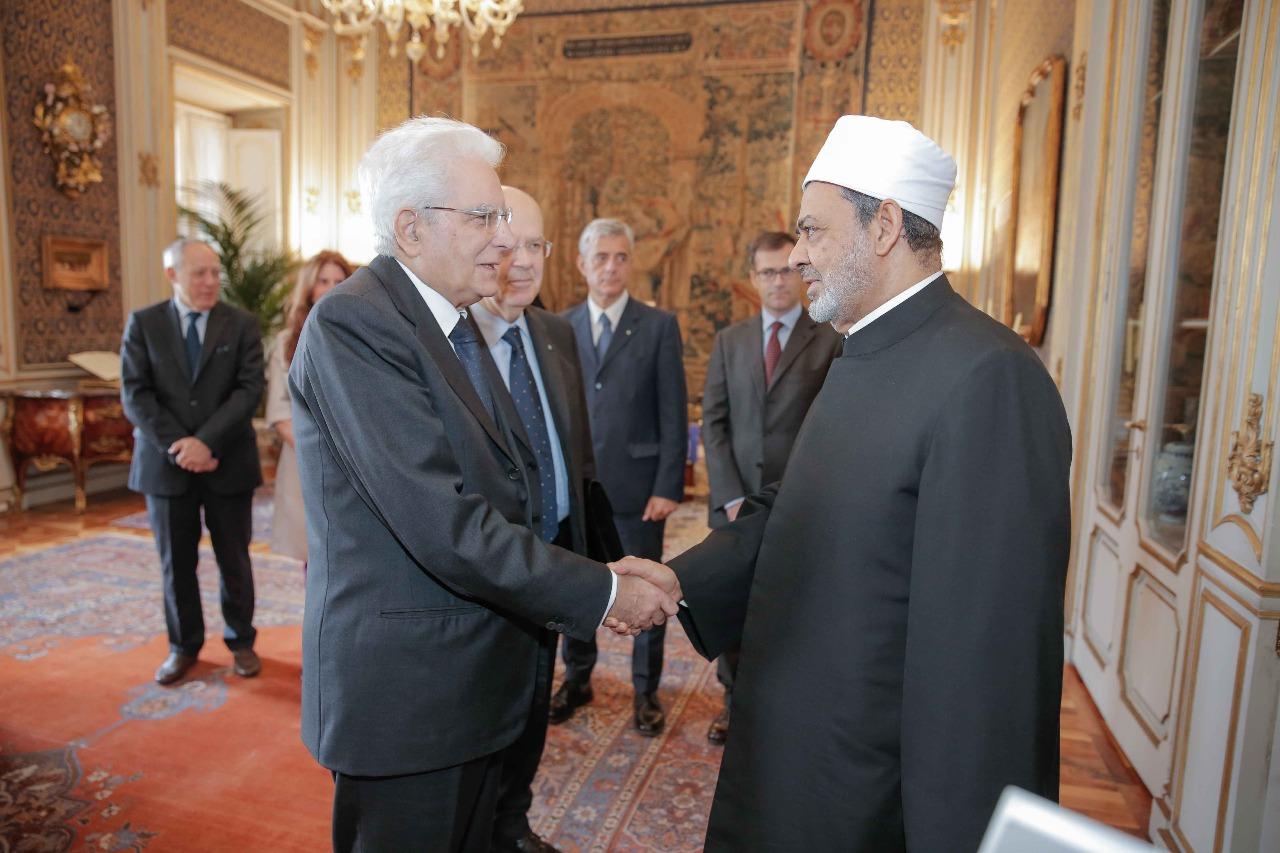 لقاء شيخ الازهر مع الرئيس الايطالى (5)
