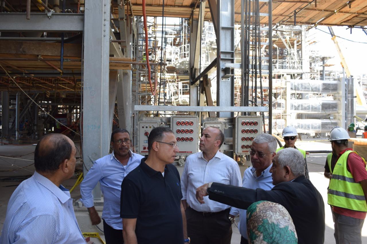 رئيس كيما يوضح لرئيس القابضة تطور المشروع