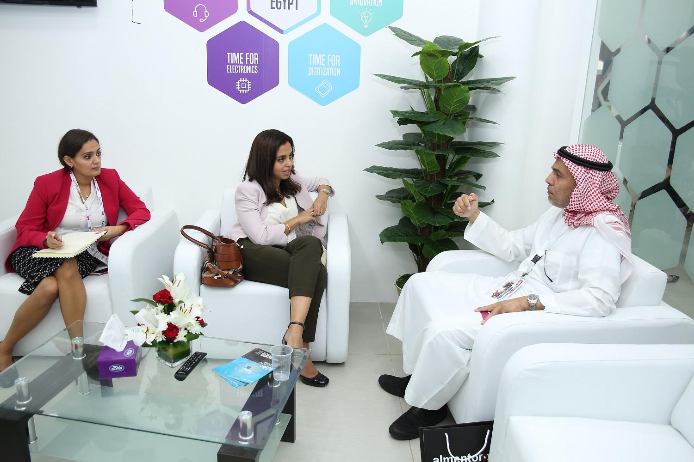 مها رشاد الرئيس التنفيذى لايتيدا تلتقى مسئولين اماراتيين