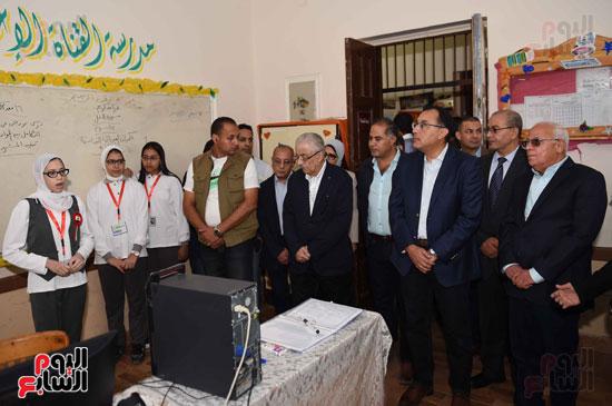 جولة رئيس الوزراء فى بورسعيد لتفقد عدد من المشروعات  (7)