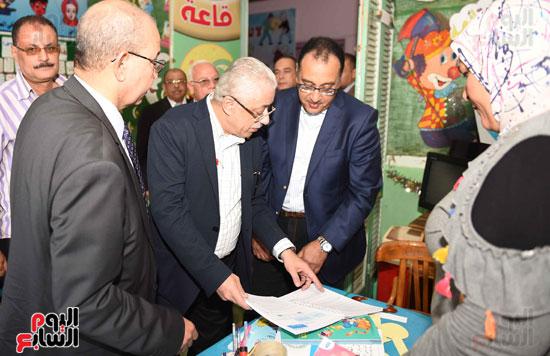 جولة رئيس الوزراء فى بورسعيد لتفقد عدد من المشروعات  (10)