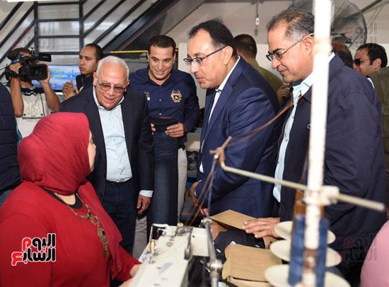 جولة رئيس الوزراء فى بورسعيد لتفقد عدد من المشروعات  (23)
